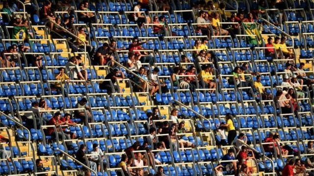 Assentos vazios