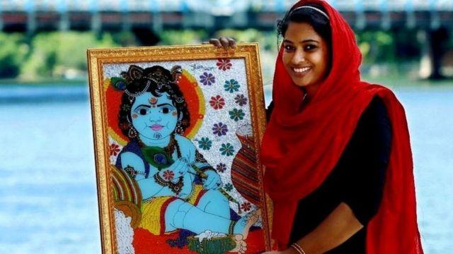 जासना सलीम कृष्णको तस्बिरका साथ