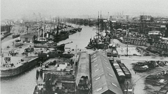 West Bute Dock, Cardiff, in 1900