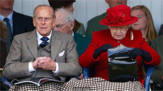 A rainha Elizabeth 2ª e o príncipe Phillip