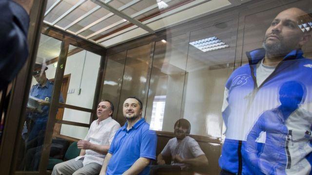 Ali Qaytukayev (solda), Rüstəm Mahmudov (soldan ikinci) və Sergey Hacıqurbanov (sağda)