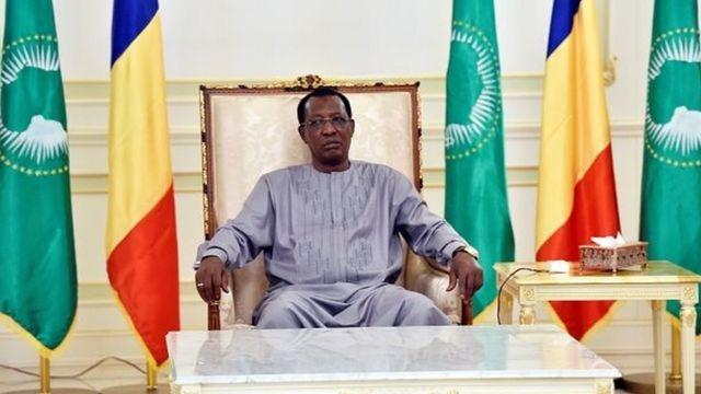 Les deux décrets de radiation ont été signés du président tchadien, Idriss Deby