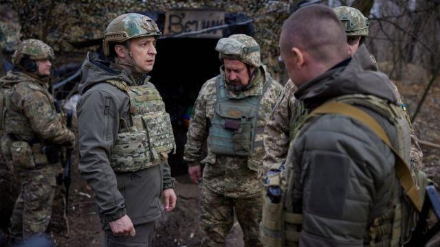 Владимир Зеленский в окопе 8 апреля 2021 года