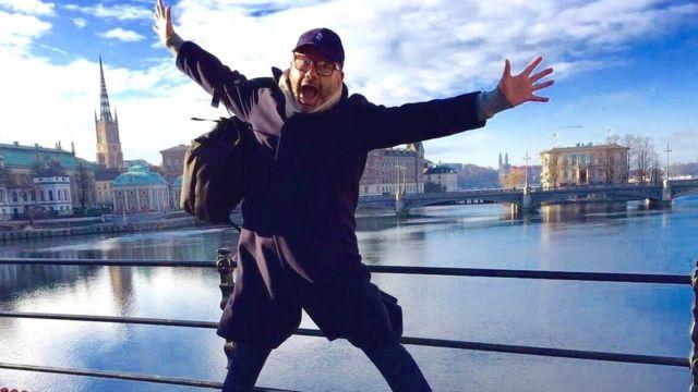 Javier Artigas saltando