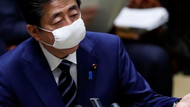 コロナ 日本 政府