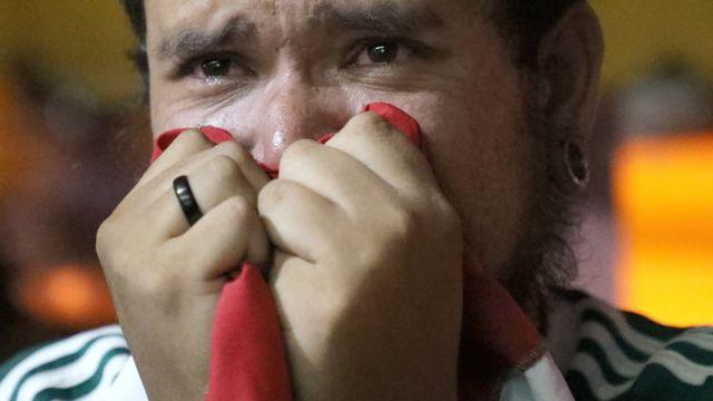 Un hincha del Palmeiras emocionado