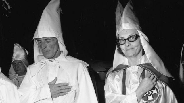 Miembros del KKK