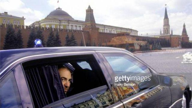 """Бориса Березовського називали """"сірим кардиналом"""" та """"хрещеним батьком"""" Кремля"""
