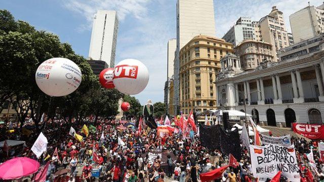 Manifestação contra Jair Bolsonaro no Rio de Janeiro em 2 de outubro de 2021