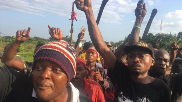 Ụmụ Ikorobia Mmaku na-eme ngaghari iwe ugbua