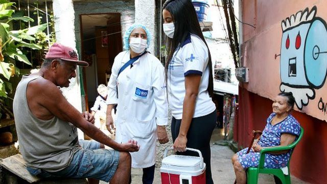 Busca ativa das pessoas que não retornaram para a segunda a dose é uma das principais estratégias para garantir uma proteção coletiva contra a covid-19