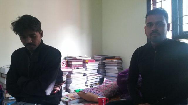 एक छात्र के साथ विद्यानंद