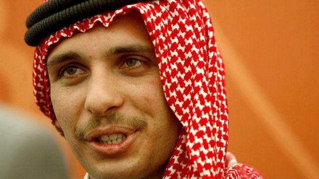 राजा अब्दुल्लाहले सन् २००४ मा उनको युवराजको पदवी छिने