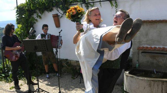 Кнайсль и ее муж