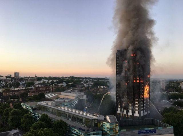 Пожар в здании в Лондоне