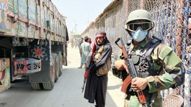 """پس از حملات ۱۱ سپتامبر که در افغانستان برنامه ریزی شده بود، پاکستان خود را به عنوان متحد ایالات متحده در """"جنگ علیه تروریسم"""" معرفی کرد"""