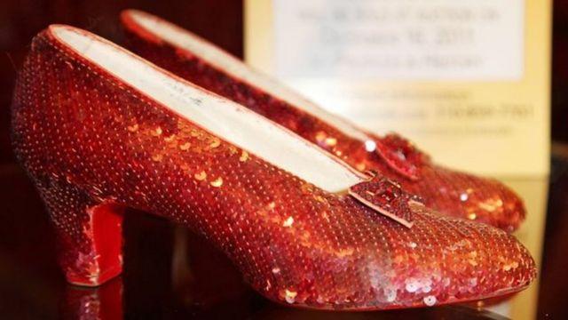 حذاء الساحرة أوز