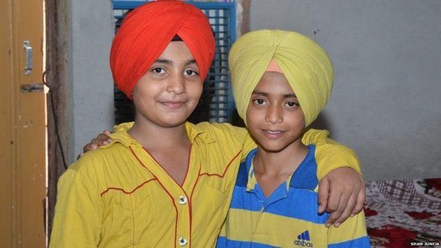 ભારતસિંહ અને પાકિસ્તાનસિંહ બંને એક સાથે