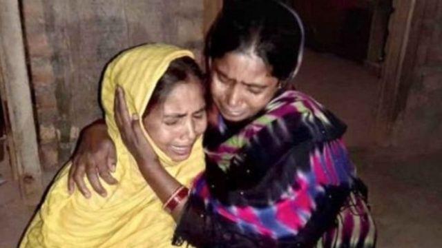 कुलगाम में चरमपंथियों ने पश्चिम बंगाल के 6 मज़दूरों को लाइन में खड़ा कर गोली मार दी