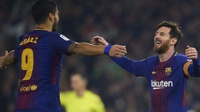 Suarez da Messi