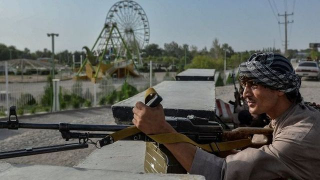 Afghan security personnel fighting against the Taliban in Herat