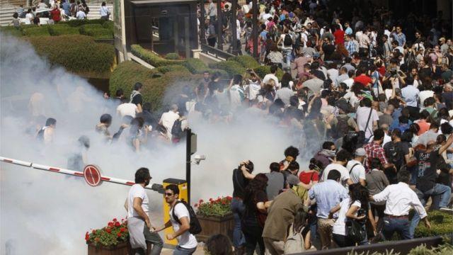 """Gezi Parkı protestoları iddianamede """"Anayasal düzene tehdit"""" olarak nitelendiriliyor"""