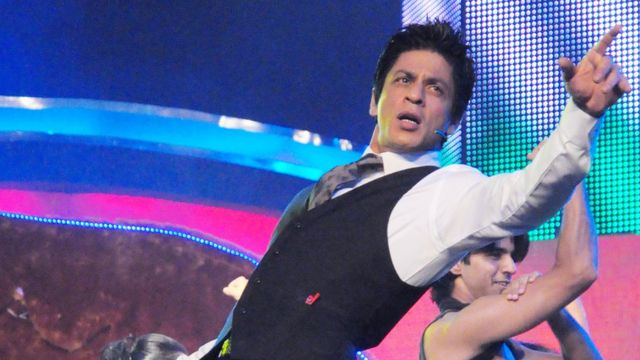 शाहरुख आणि त्याचं नृत्य