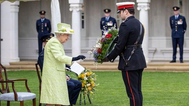 Королева на мероприятии в честь 100-летия RAAF