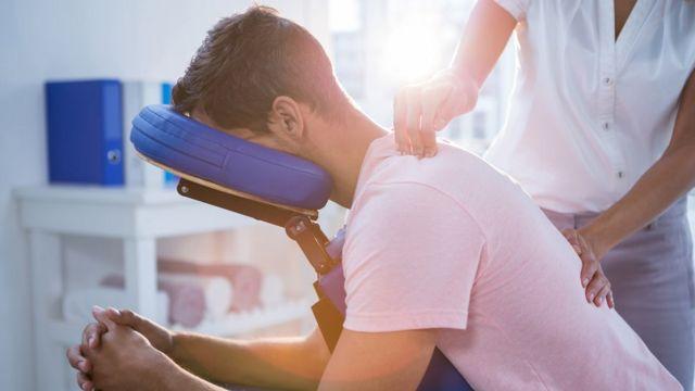 3 Formas De Combatir El Dolor De Espalda Sin Medicamentos Bbc News Mundo