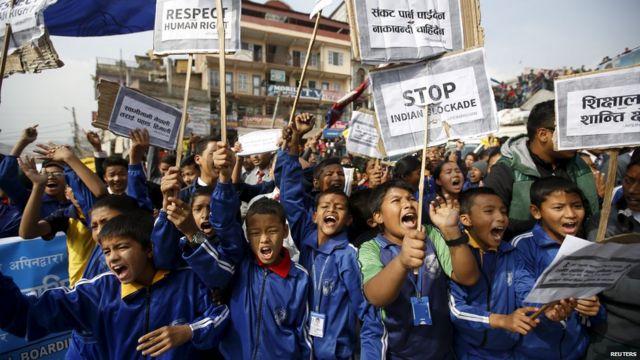 Nepal blockade: Large Kathmandu protest by schoolchildren