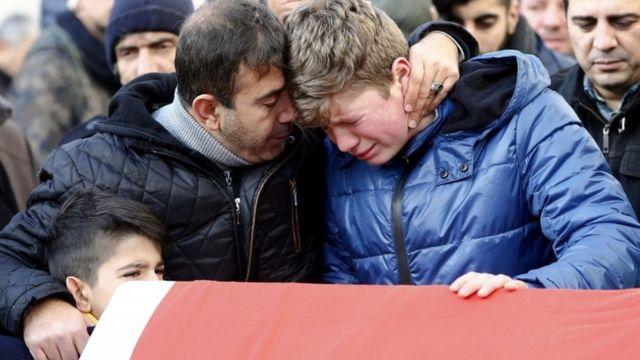 အစ္စတန်ဘူလ် နိုက်ကလပ်