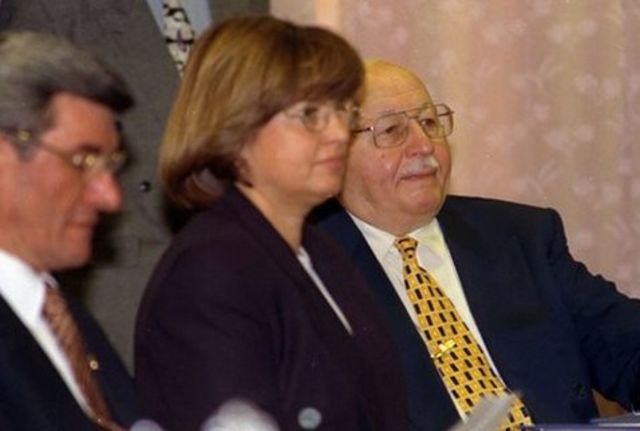28 Şubat 1997'deki MGK toplantısında Tansu Çiller ve Necmettin Erbakan