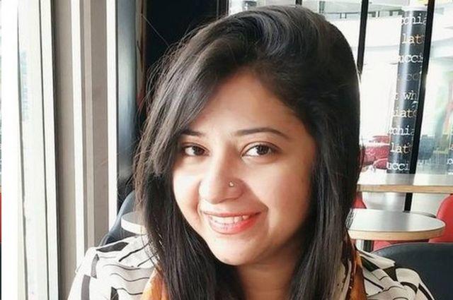 ماهويش بهاتي من القلائل المحظوظين في باكستان، فقد تم تطعيمها