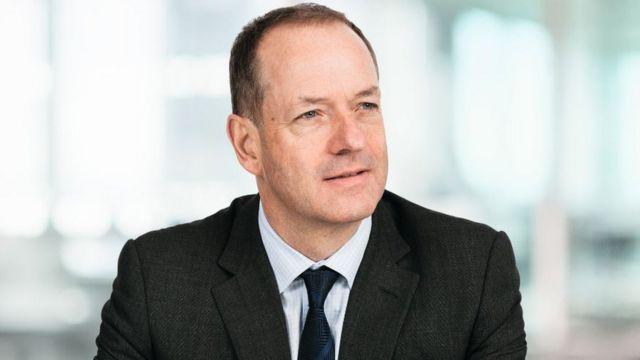 GlaxoSmithKline chief Sir Andrew Witty to step down