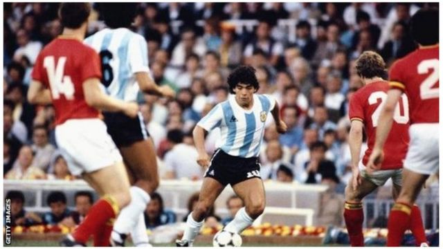 Maradona aliifungia Argentina magoli 34 katika michezo 91, akishiriki michuano minne ya Kombe la Dunia