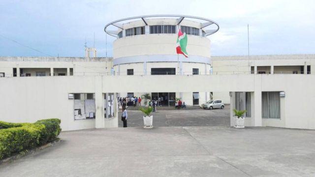 Kaminuza nderabigisha ya ENS i Bujumbura