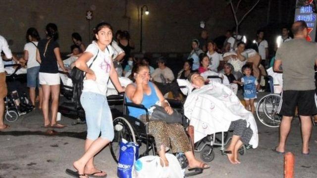 Təkcə Bodrumda təxminən 70 nəfər yüngül yaralarla xəstəxanaya müraciət edib.
