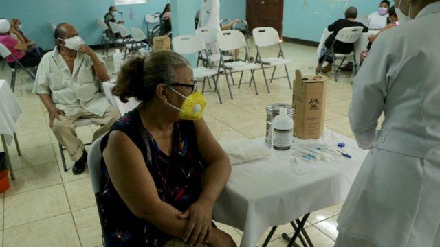 Vacunación en Nicaragua el pasado abril.