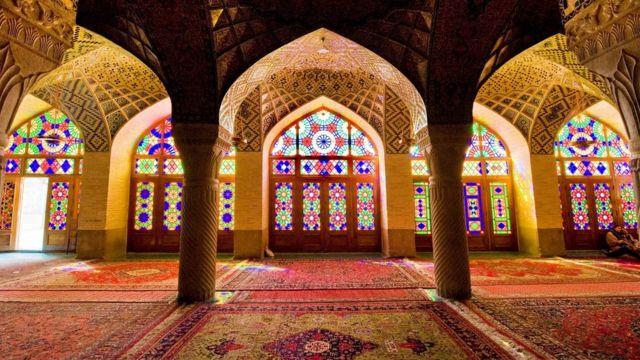 Мечеть Насир аль-Мульк, Іран