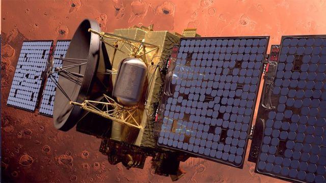 ماهواره امارات