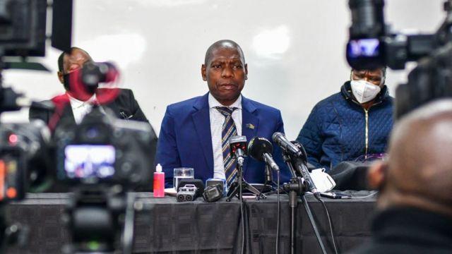 Güney Afrika Sağlık Bakanı Zweli Mkhize