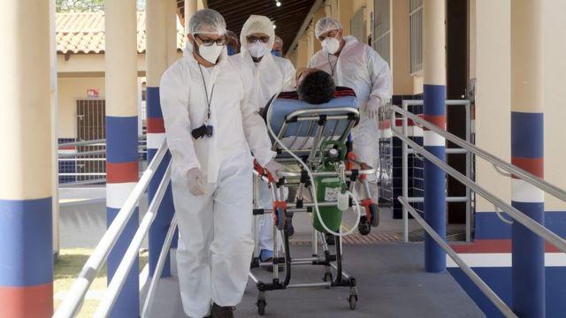 Paciente de covid-19 em Santarém, em foto de 5 de março