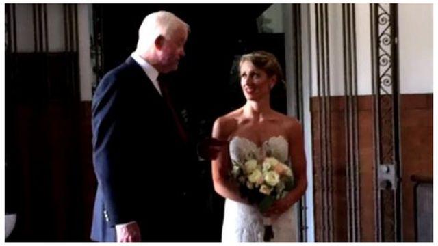 """""""Yo estoy vivo gracias a él, por lo que era importante para mí hacer por ella este pequeño gesto"""", dijo Arthur Thomas sobre el padre de Jeni Stepien, Michael."""