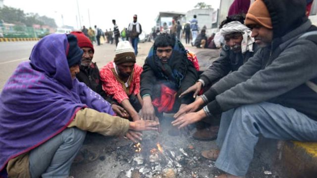 दिल्ली में कड़ाके की ठंड