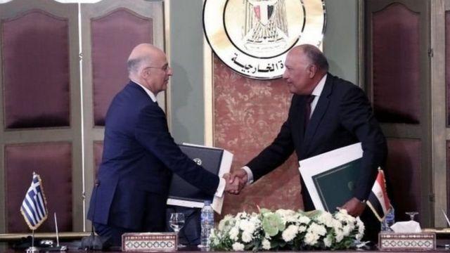 Yunanistan Dışişleri Bakanı Nikos Dendias ve Mısır Dışişleri Bakanı Samih Şükri