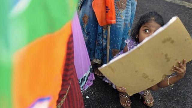 India ina takriban watoto milioni 400