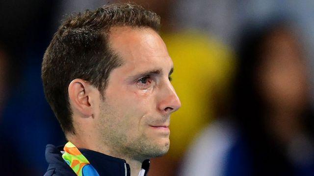 Renaud Lavillenie saut à la perche larmes Rio 2016 Thiago Braz Da Silva