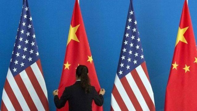 বাণিজ্য, করোনাভাইরাস, আর হংকং - এই তিন ইস্যুতে চীন মার্কিন দ্বন্দ্ব বাড়ছে