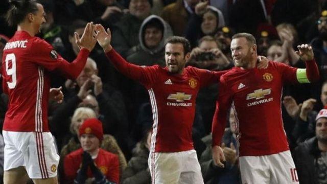 Zlatan Ibrahimovic ne ya taimaka wa Rooney ya zura kwallon