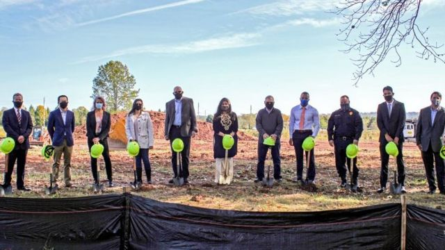 نیوجرسی میں تین کروڑ 50 لاکھ ڈالر کے ساتھ لائبریری اور کمیونٹی سینٹر کی تعمیر کی افتتاحی تقریب